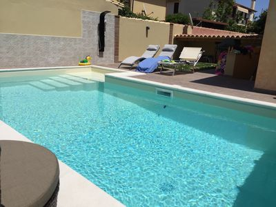 Photo for Apartment with swimming pool just a few minutes from the sea!