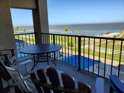 Photo for Gorgeous PET FRIENDLY Modern Updated Rockport Bayfront Condo-LAGUNA REEF#312