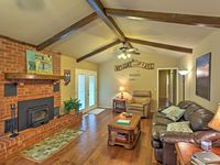 Great Stay in a spotless house with thoughtful amenities