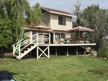 Charming, Private, Waterfront Home with Deck, Lawn and Dock