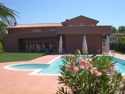Photo for One bedroom Villa, sleeps 2 with Pool and FREE WiFi