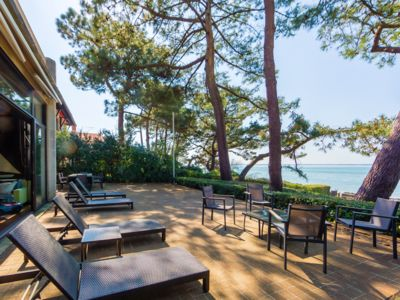 Photo for BEAUTIFUL VILLA FEET IN THE WATER PYLA SUR MER / IDEAL FAMILIES NUMEROUS