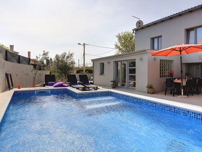 Photo for Holiday house Ližnjan for 1 - 8 persons with 2 bedrooms - Villa