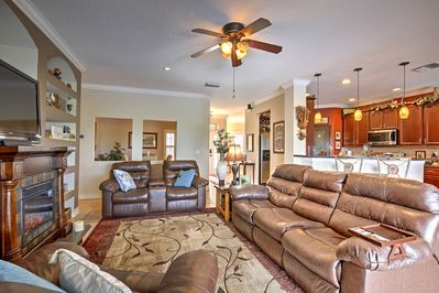 Your group of 7 can comfortably spread out in the 1,953-square-foot interior.