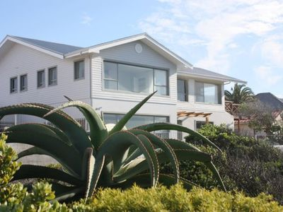 Photo for Luxury Ocean front Villa, 2-6 Bedrooms, Hermanus Cliffpath