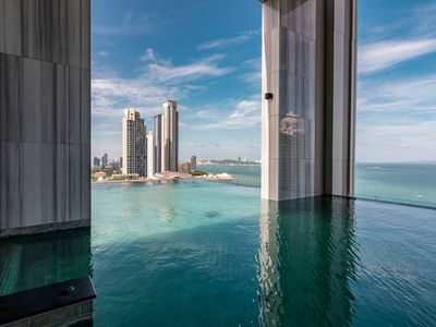 Photo for ⭐Special Price⭐Luxury Condo⭐Infinity PooL⭐3 Pax  - Muang Pattaya