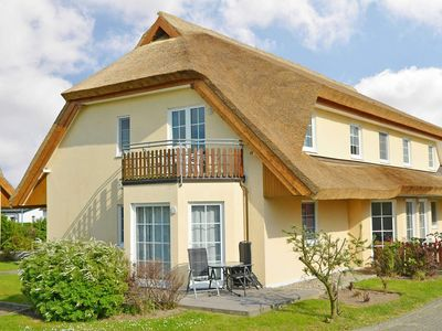 Photo for Thatched Boddenblick WG 16 - Thatched Boddenblick F539 WG 16 with beautiful balcony