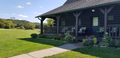 Great Log Home with Plenty of Room to Relax, Sleeps 13