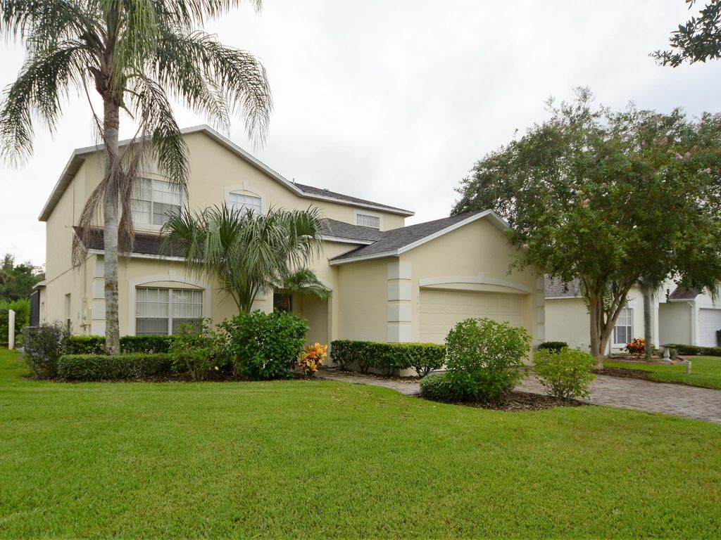 Gated 5 Bedroom Orlando Vacation Home With Beautiful Lake View Outdoor Spa Free Wifi Homeaway