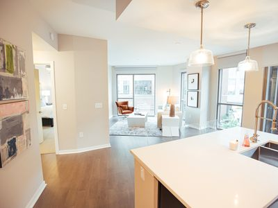 Photo for Stunning Green Hills 1BR Apartment