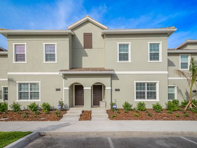 Photo for LAUNCH PRICE ! NEW 4 BD 3 BTH W/PRIVATE POOL NEAR DISNEY