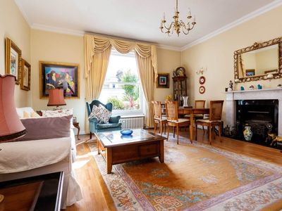 Photo for Charming 1 bed flat, only 3 minutes to the tube! Oxford Circus in 10 min (Veeve)