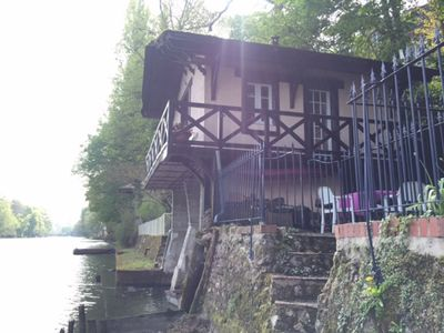 Photo for Chalet on the banks of the Loiret