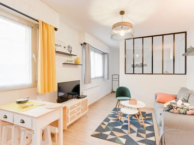Photo for CHARMING APARTMENT CLOSE TO THE DOWNTOWN OF NANTES FOR 2 PEOPLE