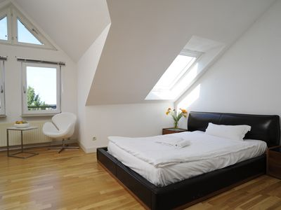 Photo for Serviced Apartment with free WLAN, free Parking and bi-weekly cleaning