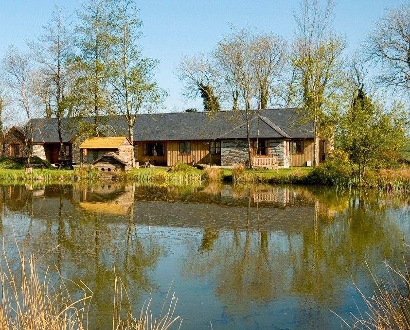 hawthorn luxury 4 bed cottage great views indoor pool hot tub gym fishing