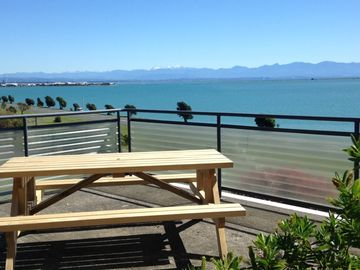 Beautuful house overlooking Tasman Bay and ranges.
