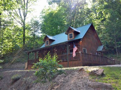 Photo for Laurel Ridge Cabin - 2 Bedrooms Sleeps 4
