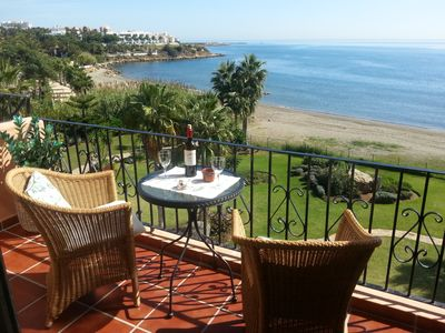 Enjoy your stay!  A glas of wine on the terrace with a stunning seaview.