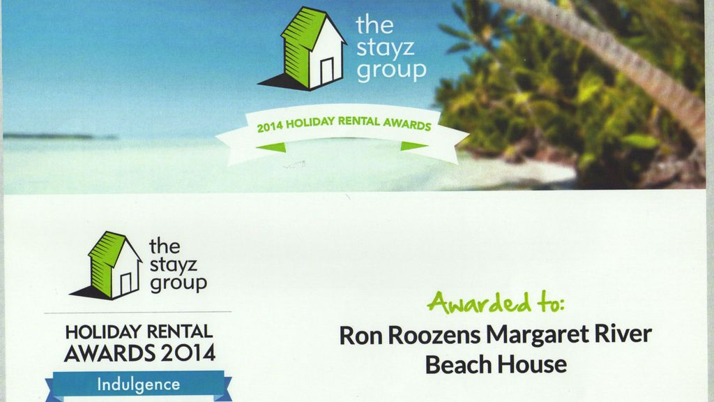 Roozen Residence - Iconic luxury beach house