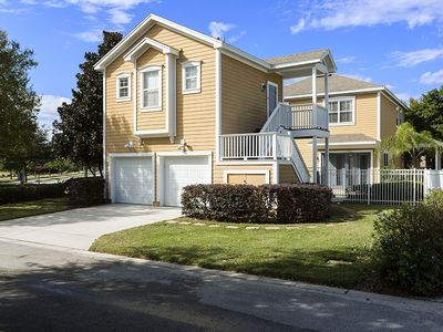 Photo for Near Disney World - Reunion Resort - Beautiful Contemporary 5 Beds 4 Baths Villa - 6 Miles To Disney