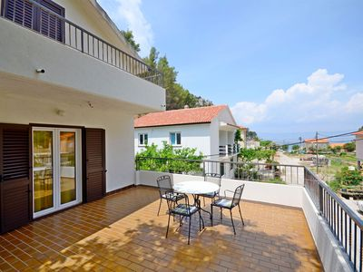 Photo for Apartments and Rooms Stjepan (31771-A2) - Zastrazisce - island Hvar