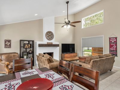 Photo for Midnight Yell Aggie Retreat - Modern/ Remodeled,1 Mile Campus,SLEEPS12. 3 Patios