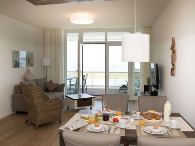 Photo for 2 bedroom apartment for two people in an exclusive location with sea views.