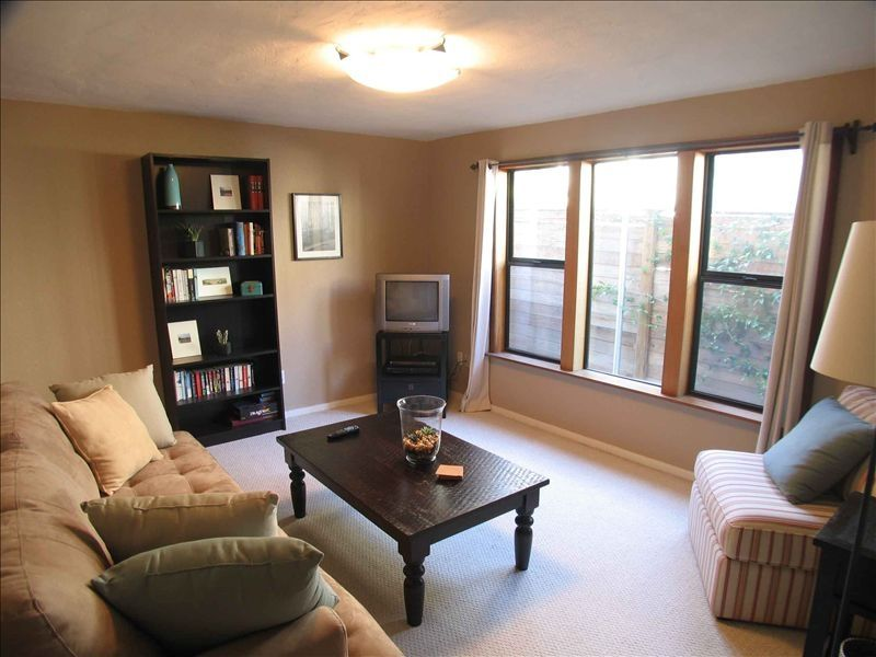 Clean 1 bedroom downtown apartment great l vrbo - 1 bedroom apartments santa barbara ...