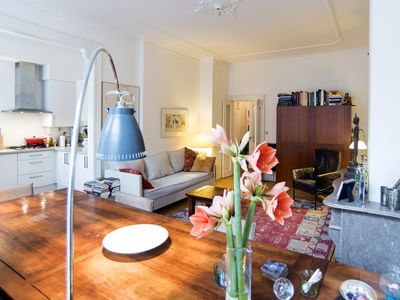 Romantic, luxurious, situated near the cultural highlights of Amsterdam