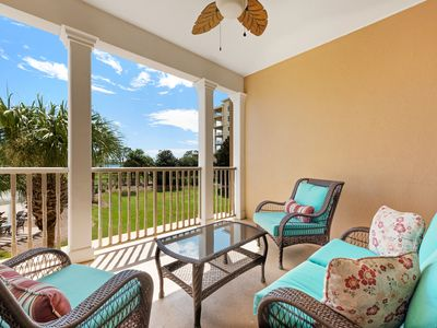 Photo for Lovely condo w/ shaded balcony & shared lagoon pool & hot tub!