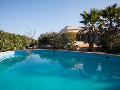 Photo for Holiday villa with pool for rent in Tricase a few minutes drive from the sea