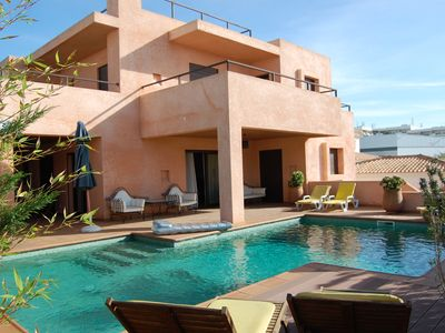 Photo for Luxurious modern villa, excellent sea views, located 100 m from the beach
