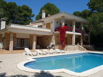 Photo for Villa with private pool for 16 people located 200 mts from the sea in 3 Calas