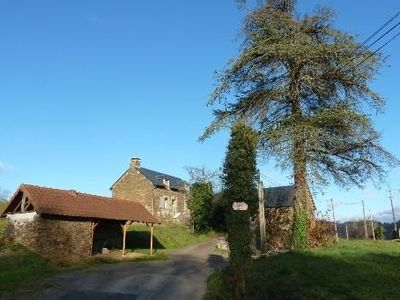 Photo for Pretty renovated house with pool - St Hilaire peyroux - 4 pieces - correze