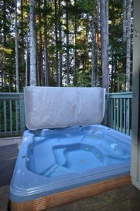 Enjoy this private Hot Tub after long day on the slopes!