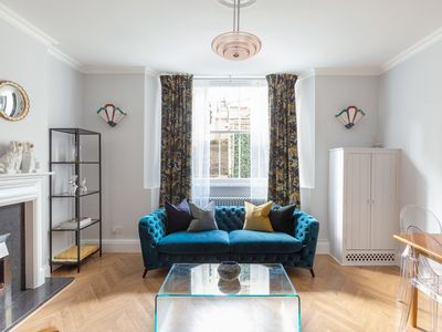 Photo for Beautiful 2 Bedroom Garden flat by Notting Hill Gate