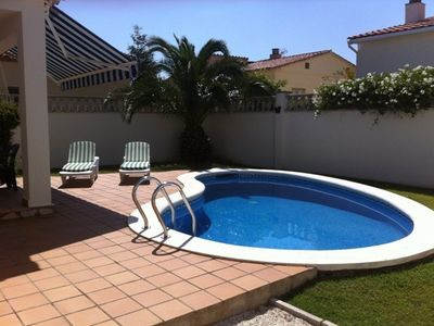 Photo for House with private pool and garden in L'Escala at 1500 m of the beach