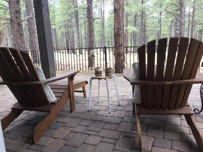 Photo for Luxury retreat in the Pines, less than 10 mins to NAU/downtown (2 wk rental max)