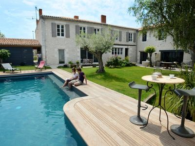 Photo for Luxury, charming lodging 8km from La Rochelle & island of Ré, heated pool, sauna