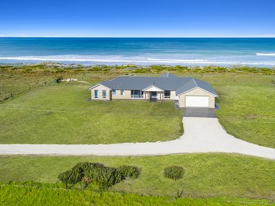 Photo for 4BR House Vacation Rental in Eight Mile Creek ; Port Macdonnell, SA