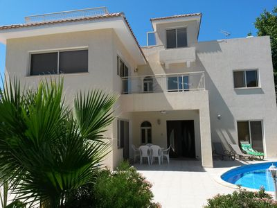 Photo for 4BR Villa Vacation Rental in Peyia, Paphos