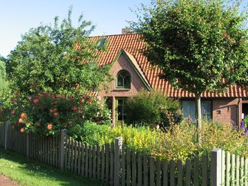 Organic cottage, Idyllic garden. For you alone!