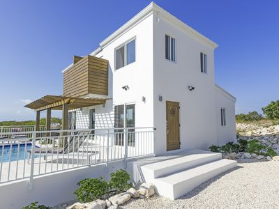 Modern villa located minutes away from Long Bay beach