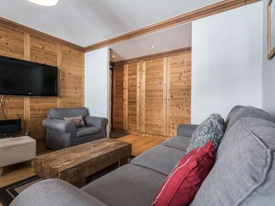 Photo for Apartment Tignes, 2 bedrooms, 8 persons