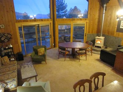 Photo for Lovely Mountain-View Retreat