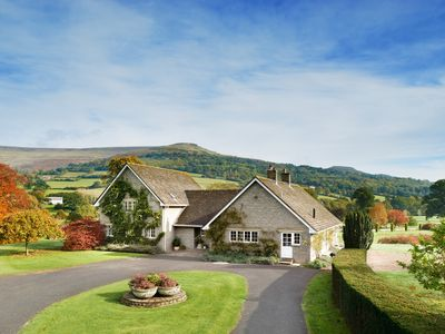 Photo for 7 Bed Lodge with Mountain views, Glanusk Estate