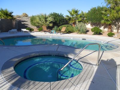 Photo for Vacation Condo Near Laughlin NV. Snowbirds and Traveling Medical Staff Welcome