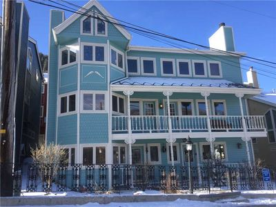 Photo for Quintessential Old Town 3 Bedroom Charmer