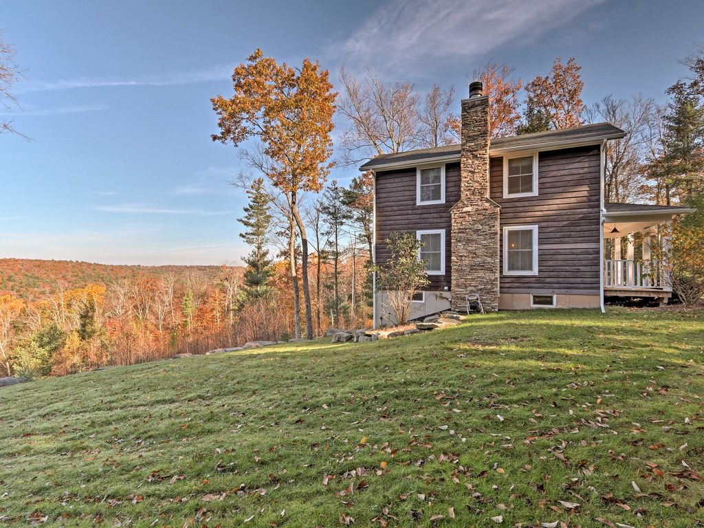 NEW! Secluded 2BR Catskill Cottage with Views!